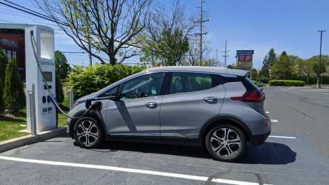 Chevy Bolt Charging 2020